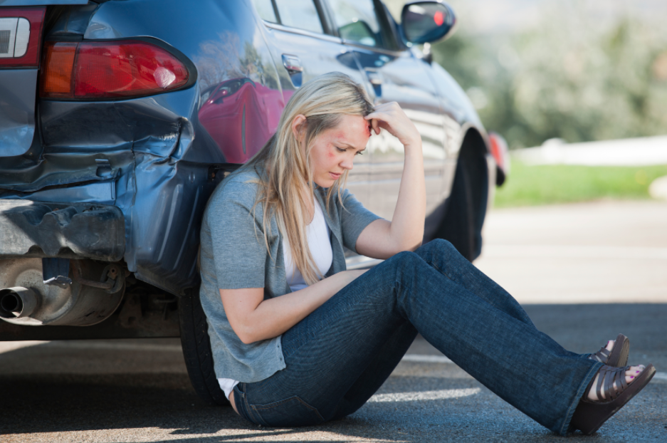 Looking for an Auto Accident Lawyer Will Be Helpful as You Recover from Your Injuries